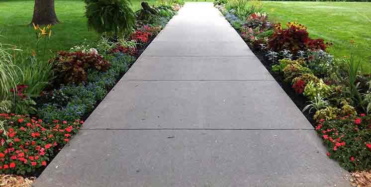 Готовая дорожка из бетона