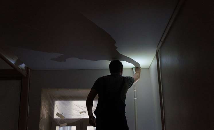 Подготовка к покраске потолка