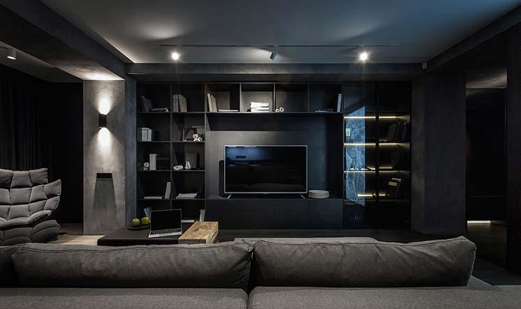 Вариант отделки квартиры в черном цвете